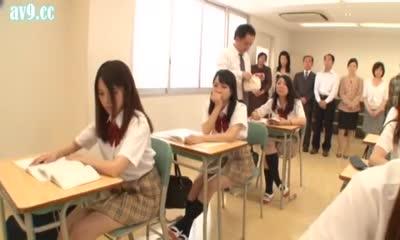 порно во время школы