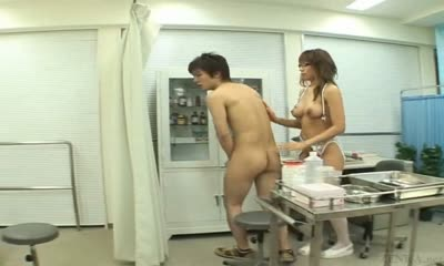 Naked in school 1 subtitles 04