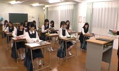 SDDE-524 : Suddenly, Sperm Gets Rushed Down In Daily School Life