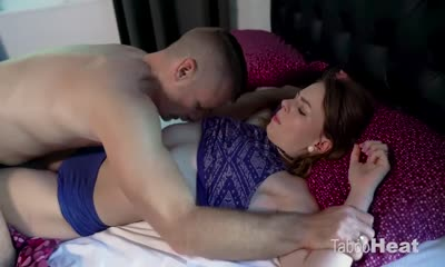 Alex Blake and Kadence Marie in How to fuck your daughter