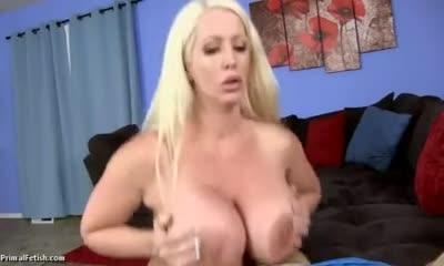 mommy hypno